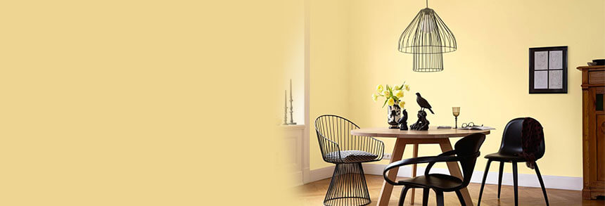Gelbe Wohnzimmerwand Essbereich