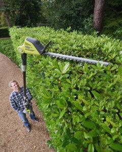 Anwendung Akku Gartengerät Teleskop Heckenschere