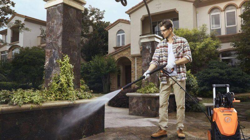 Terrasse reinigen – Darauf kommt es an