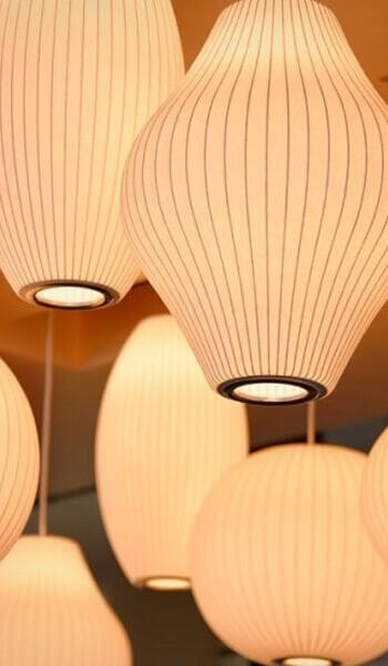 Lampen in alle Farben und Formen