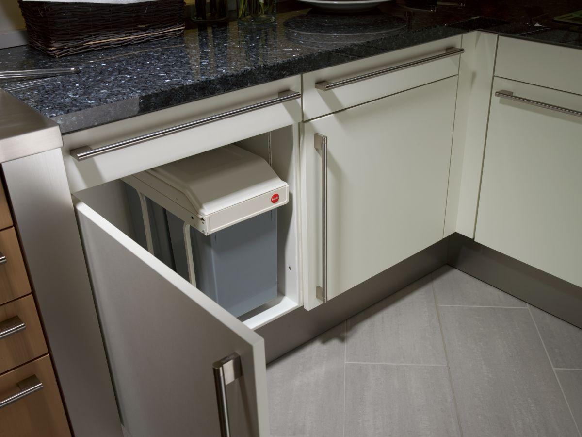 Hailo Multi Box DUO L, 2x14 L, Einbau Mülltrennsystem, Grau Weiß, Einbaumülleimer Küche